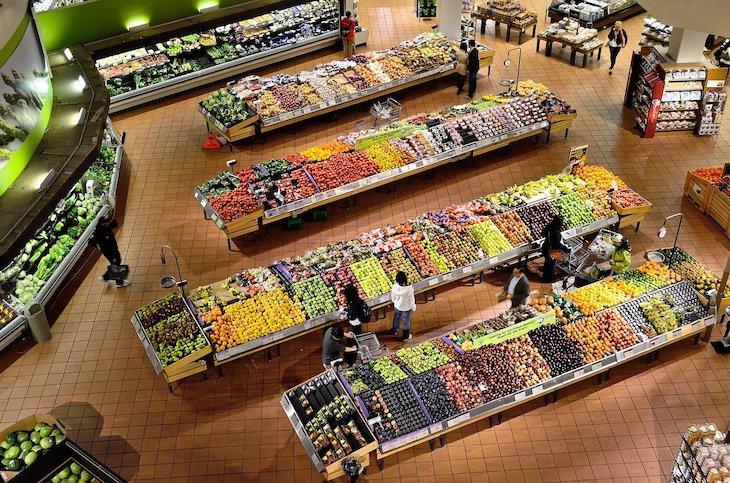 Supermercado com frescos © Pixabay